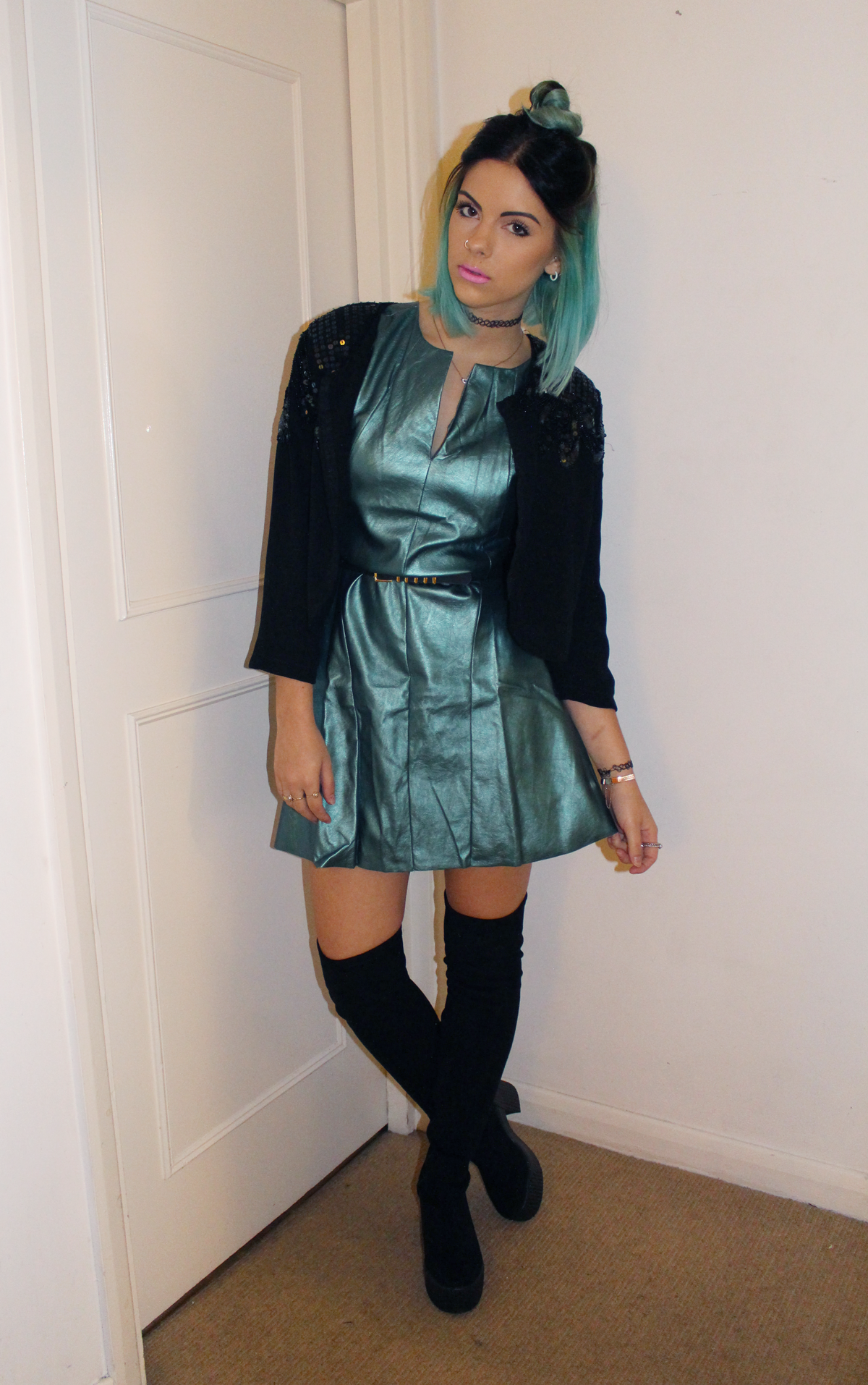 GREEN HAIR, GREEN DRESS - Sophie Hannah Richardson